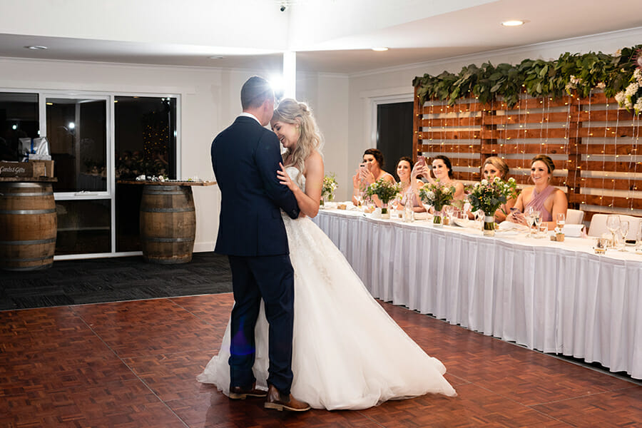 Beaches Restaurant - Wedding Photographer - Hobart - Tasmania