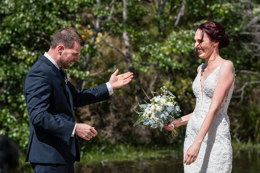 Hobart Wedding Photographer - Richmond Bridge Tasmania